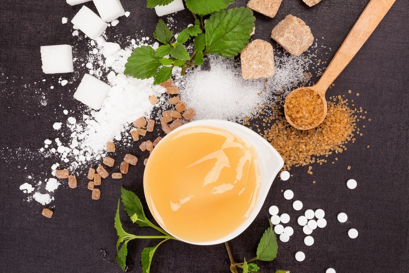 Verschiedene Zuckeralternativen fructosefrei und mit Fructose